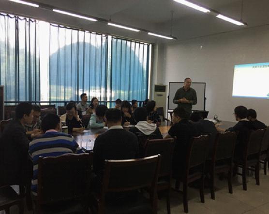 微电子技术系召开workshop课堂教学研讨会